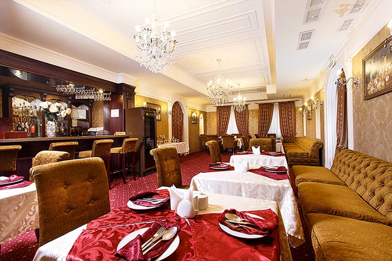 Restaurant in the hotel California in Odessa